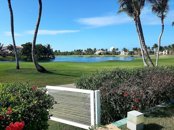 Venta De Hermosa Villa Con Vista A Lago Y Campo De Golf En Cocotal