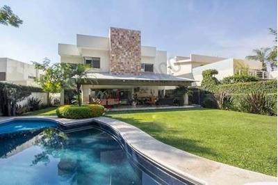 Casa Moderna En Fraccionamiento Con Vigilancia Real Las Quintas