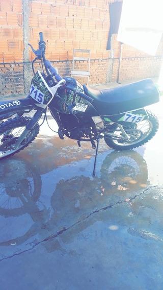 Yamaha Dt 180-ztrail