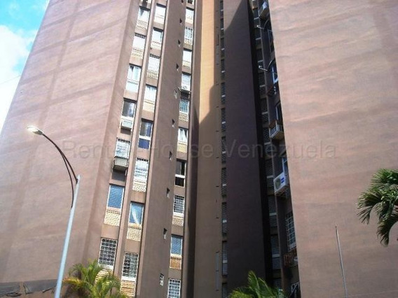 Apartamento En Venta En Santa Paula - Flex:20-9259
