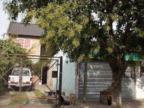 Casa  Con Local Comercial Y Monoambiente