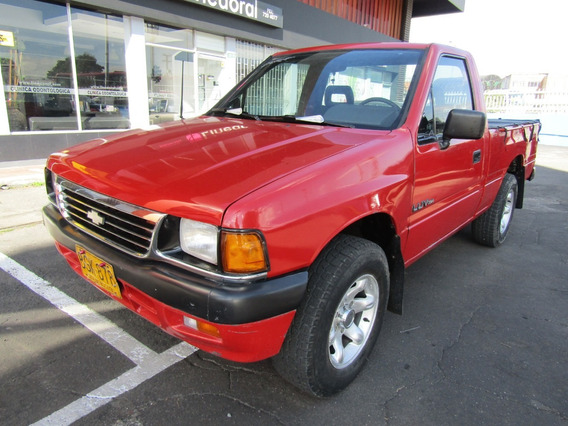 Chevrolet Luv Pick Up Capacete