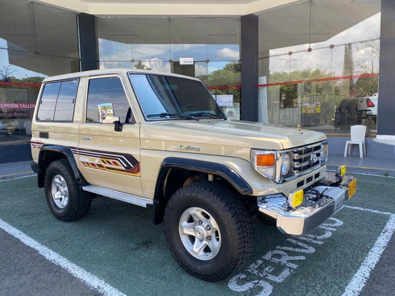 Toyota Land Cruiser Macho Árabe Blindaje 2+