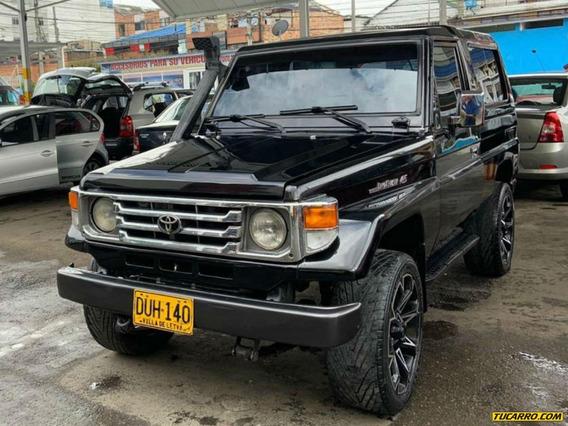 Toyota Land Cruiser Fzj73 Mt 4.5