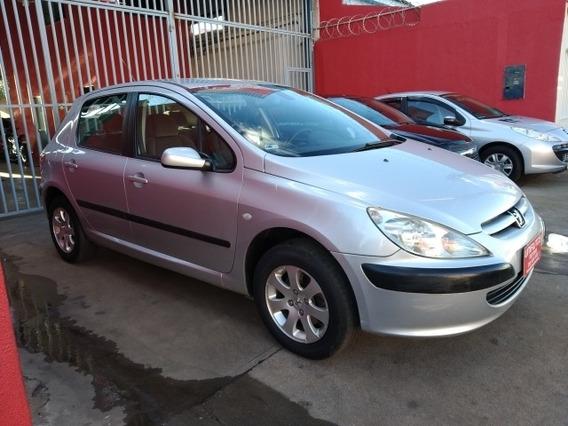 Peugeot 307 Sedan Feline 2.0 2005/2005 Prata