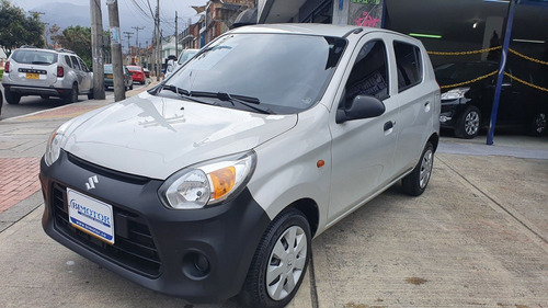Imagen 1 de 13 de Suzuki Alto Plata 800 2018