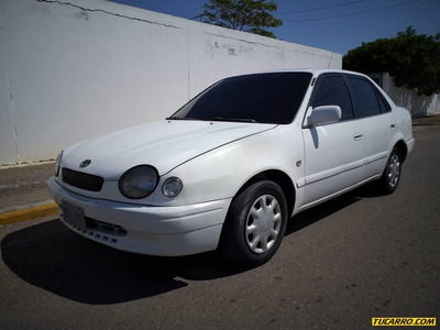 Toyota Corolla 1.6 Sincronico