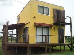Hermosa Casa En La Ciudad De Carmelo