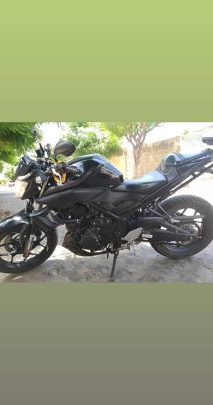 Moto Mt 03 2017/2018