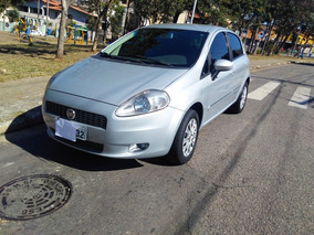 Fiat Punto 1.8 Hlx Flex 5p 2010
