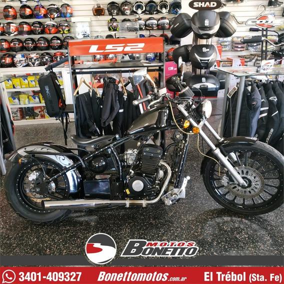 Jawa Bobber 350 8200 Km 2015 - Bonetto Motos