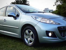 Peugeot 207 1.4 Active - 5 Puertas - Unico