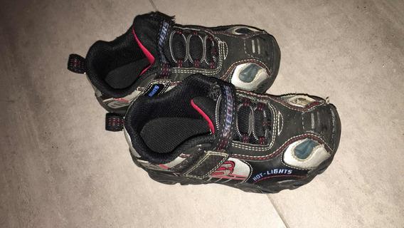 Zapatillas Sckechers Originalescon Abrojo Talle 25