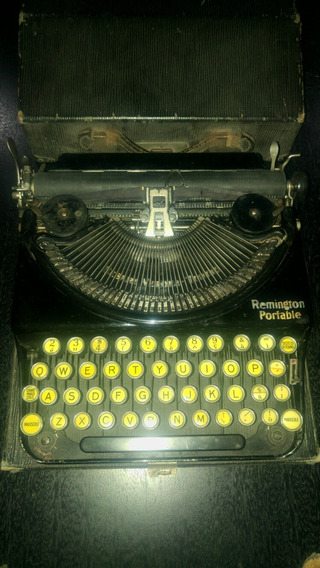 Subasto Maquina Escribir Antigua Remington Portable Vintage