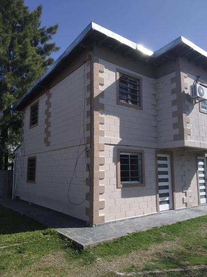 Duplex 2 Dorm , 2 Baños Y Cochera -80 Mts 2- City Bell