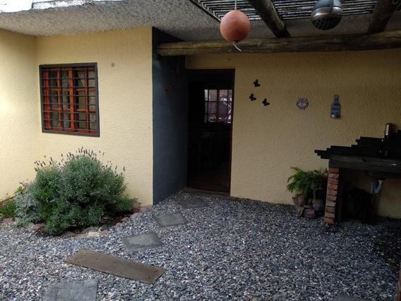 Venta De Apartamento De 1 Dormitorio Y 1 Baño Playa Grande.