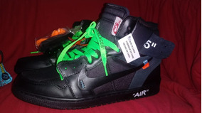 Tênis Nike Air Jordan 1 X Off White