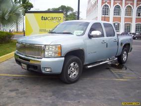 Chevrolet Silverado Pickup/d-cabina
