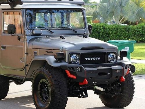 Defensa Toyota Fj 40