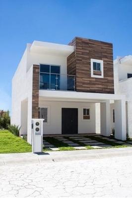 Hermosa Casa En Venta, A 50 Minutos De La Ciudad De Mexico