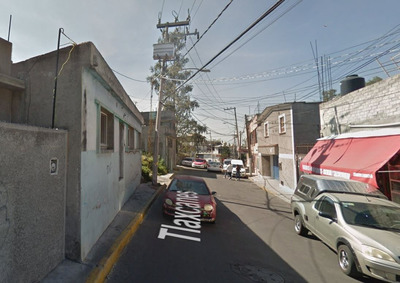 Casa Ubicada En Iztapalapa, Cdmx