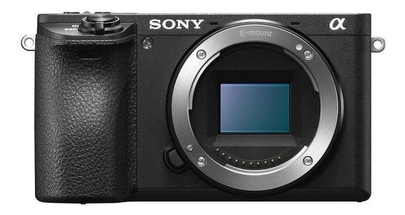 Sony Alpha 6400 mirrorless preta
