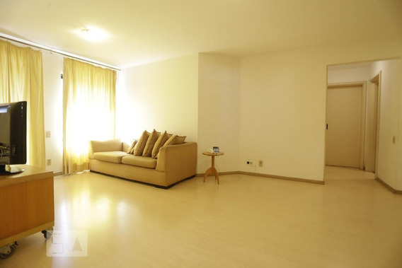 Apartamento No 3º Andar Com 2 Dormitórios E 2 Garagens - Id: 892970202 - 270202