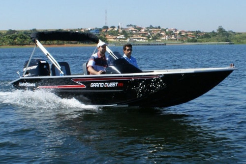 Barco Metalboat Grand Quest 195