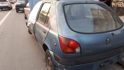 Ford Fiesta Street 1.0 8v Zetec 2002 Sucata Somente Peças
