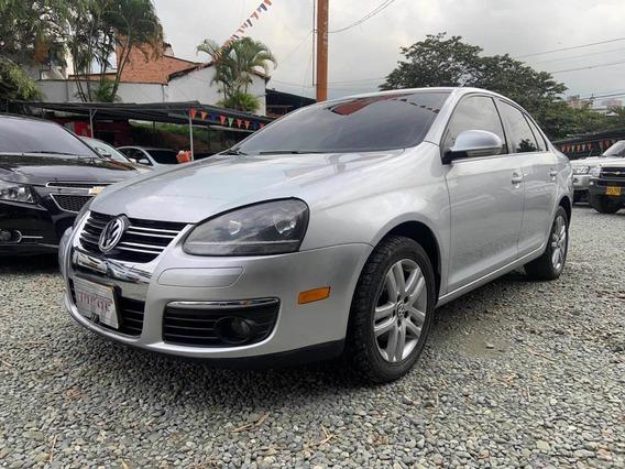 Volkswagen Bora 2.5 At