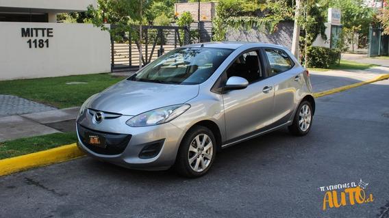 Mazda 2 Automatico 2012