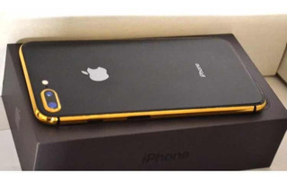 iPhone 8 Plus Chapado Oro 24k
