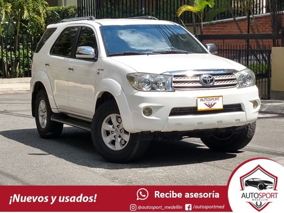Toyota Fortuner Sr5 2.7 At - Autosport Medellín