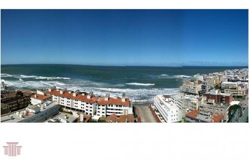 Apartamento En Punta Del Este , Peninsula - Ref: 10795