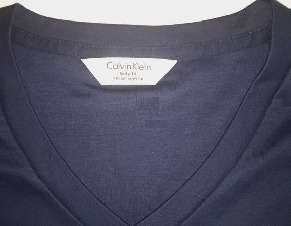 Remera V Calvin Klein Azul Hombre - Franja Elastica Lateral