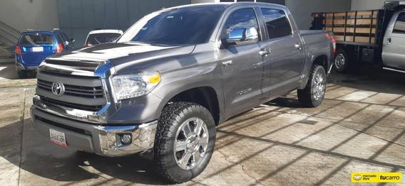 Toyota Tundra Off Road