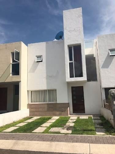 Casa En Renta En Fraccionamiento Sonterra Ii