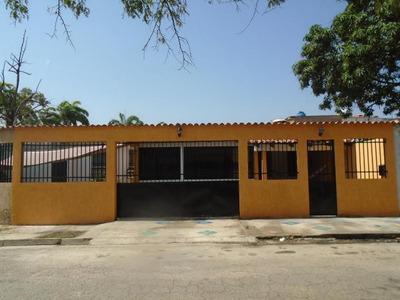 Mz Vendo Excelente Casa Urb Parque Valencia Valencia