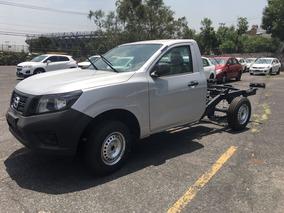 Mensualidad $6,149 Nissan Chasis Rojo Enganche Minimo