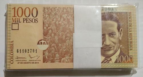 Imagen 1 de 2 de Fajo De Billetes Colombianos De 1000 Pesos Año 2014