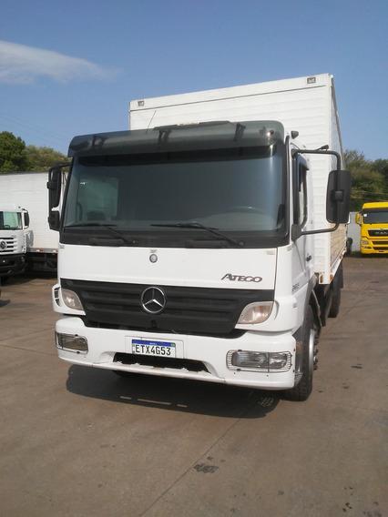 Mercedes-benz Atego 2425 6x2 Ano 2011 - Mondial Veiculos -