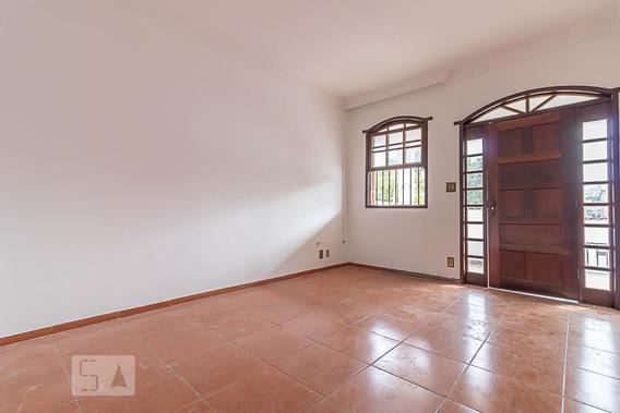 Casa Com 3 Dormitórios E 5 Garagens - Id: 892956484 - 256484