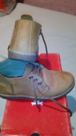 Zapato Tipo Botines Marca Romano Para Niño Usado
