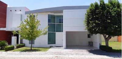 Casa En Renta Atrás De La Pirámide De Cholula Con Seguridad