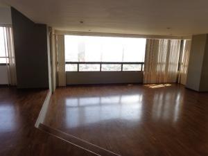 Apartamento En Venta, Codigo 19-6824, El Bosque Valencia Dgv