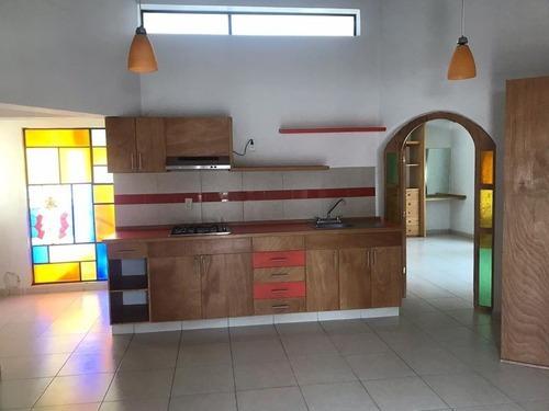 Excelente Bungalow En Condominio En Jiquilpan