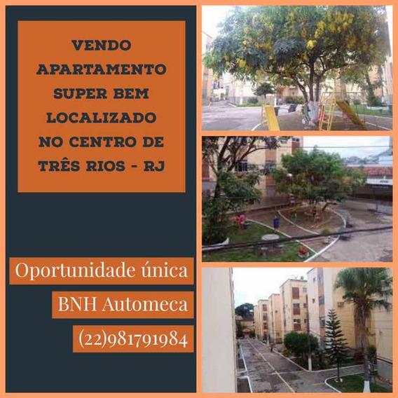 Apartamento 01 Quarto No Centro De Três Rios