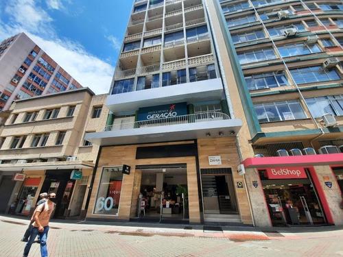 Imagem 1 de 18 de Excelente Sala Comercial Com 125m² Próx.  Ao Mercado Público - Sa0780