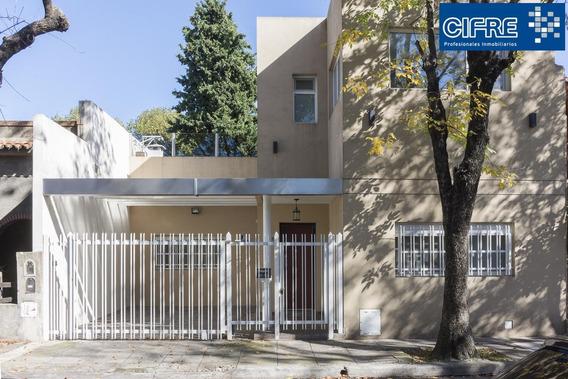 Excelente Casa En Venta 5 Ambientes Con Terraza Y Quincho En Lote Propio