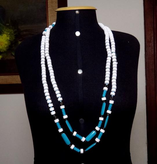 Lindo Colar Azul E Branco Fashion Italia Anos 70